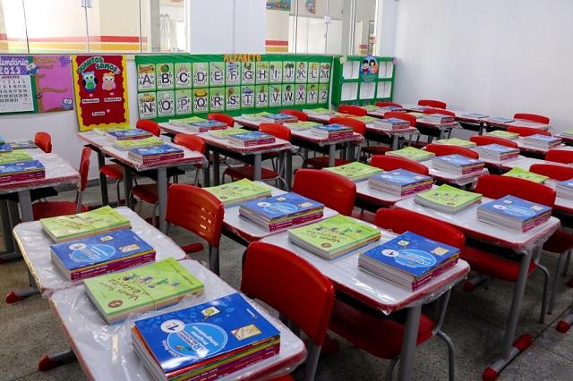 Revitalizada, Escola Neusona terá aulas de inglês, francês e música