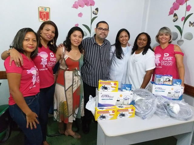 Família de ex-paciente doa materiais para Unacon