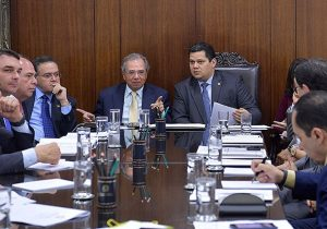 Apagão: Guedes diz a Davi que Amapá receberá socorro financeiro