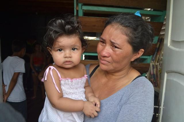 """""""Neta de 1 ano foi o único bem salvo no incêndio"""", diz diarista"""