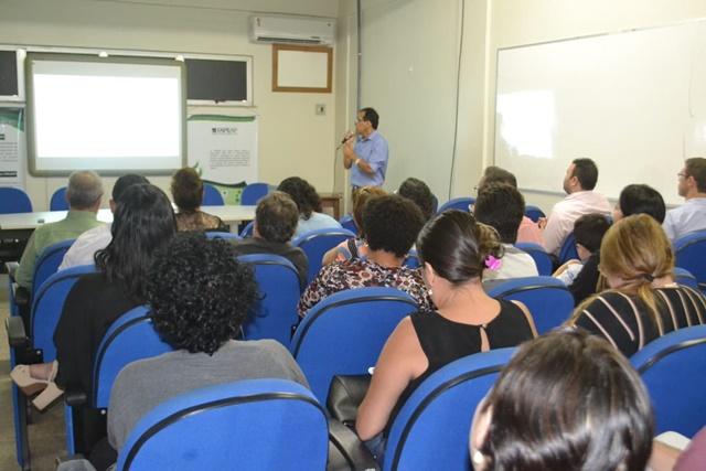 Editais preveem R$ 400 mil em apoio à pós-graduação no Amapá
