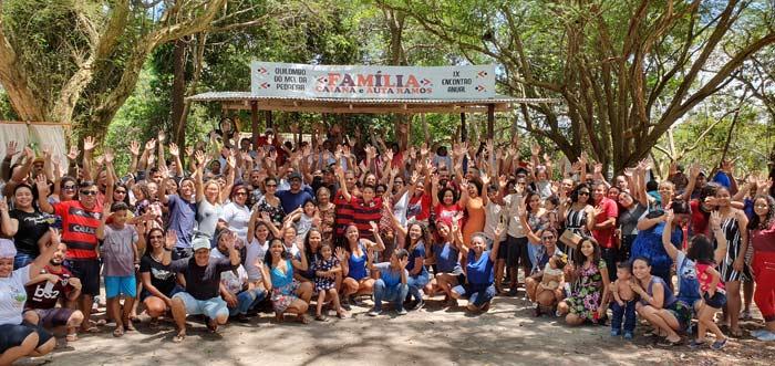 Com 518 membros, família celebra o amor e a harmonia