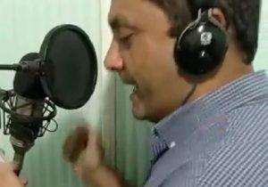Vídeo do prefeito de Santana cantando vira polêmica; Ofirney esclarece