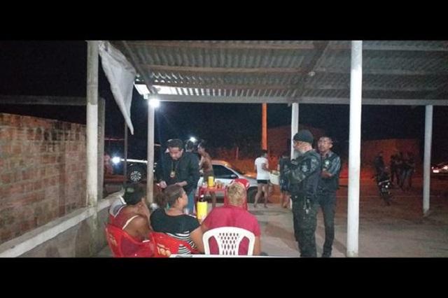 Polícia Civil encontra 25 adolescentes em bares e festas de Itaubal