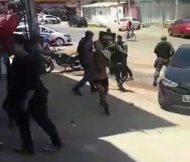 Protesto contra tarifa termina em prisões e estudantes feridos