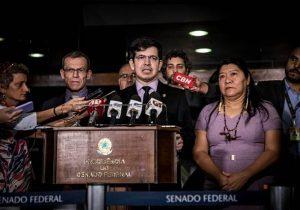 Senador do Amapá pede impeachment de ministro do Meio Ambiente