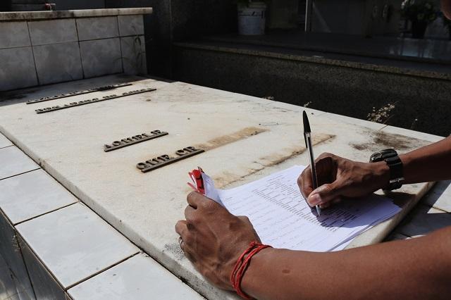 Município melhora segurança e cataloga sepulturas violadas