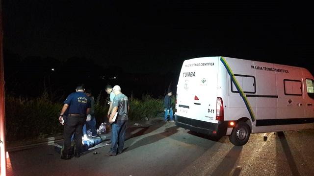 Colisão entre caminhão e picape mata motorista na BR-210