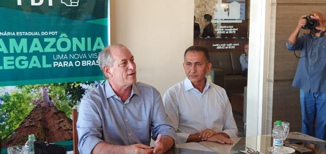 No Amapá, Ciro Gomes afirma que aproximação com Randolfe é para debater Amazônia