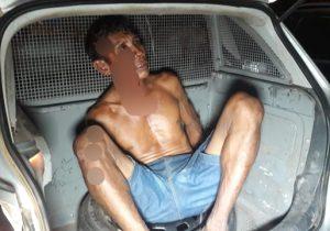 Bêbado ateia fogo na própria casa e é agredido por vizinhos