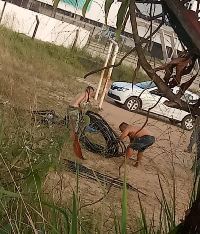Flagra: Após furto de cabos, 3,7 mil casas ficam sem internet