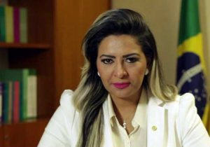 Com dívida de R$ 2,4 milhões, situação de Jozi se complica
