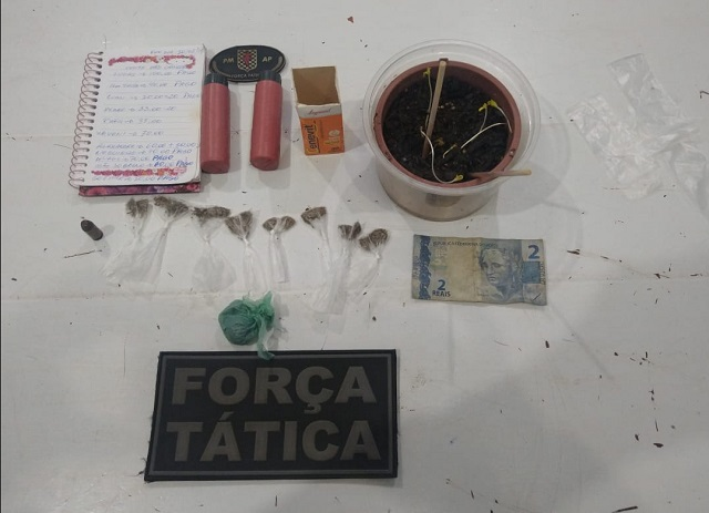 Força Tática acha sementes de maconha e anotações do tráfico