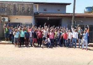 Motoristas de aplicativo protestam contra violência de taxistas em Santana