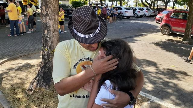 """""""Fiquei depressiva por ver meu pai triste, quero vencer isso com ele"""", diz estudante"""