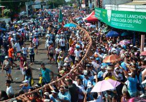 FOTOS: Fé e emoção no Círio de Nazaré em Macapá