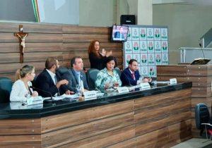 Em Macapá, vereadores aprovam desconto de falta nos salários