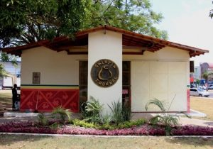 Na Veiga Cabral, galeria será reaberta com exposição