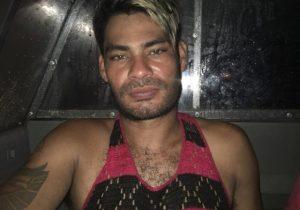 Homem que matou rival esfaqueado é preso; novo vídeo mostra o crime