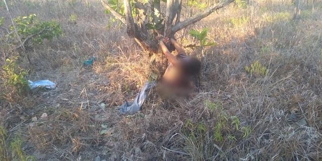 Mulher é assassinada com requintes de crueldade