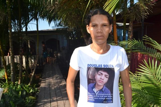 Mãe diz que filho foi executado durante ação policial