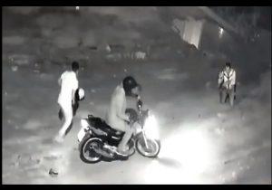 VÍDEO: Corrida era emboscada para assaltar mototaxista; ele foi baleado