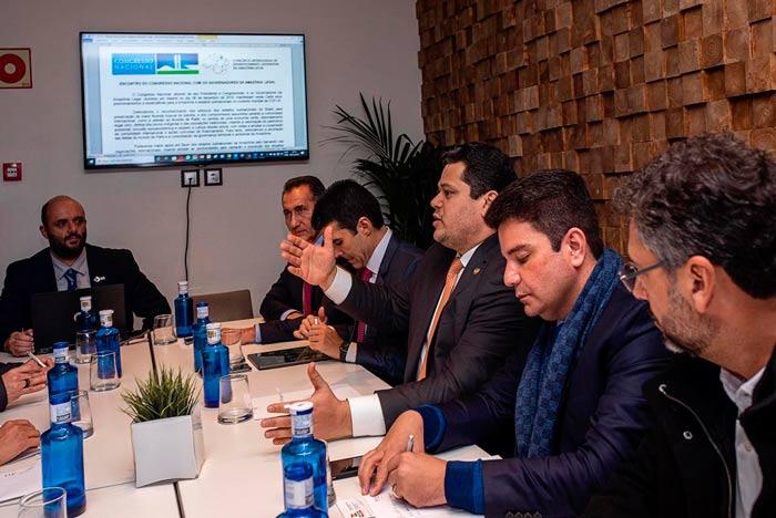Governo anuncia apoio à carta elaborada por Davi e governadores na COP 25