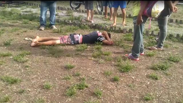 "VÍDEO: adolescente é espancado após assalto no ""Lugar Bonito"""