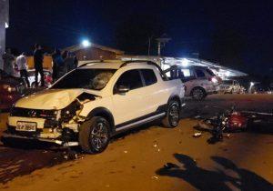 Motociclista colide violentamente com picape e morre na ZN de Macapá