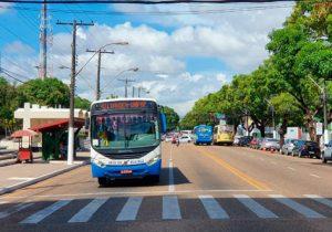 Empresas de ônibus entram na justiça por fundo emergencial de socorro