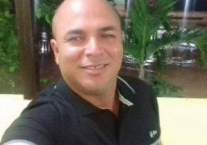 Homem é morto com tiro jogando bilhar; atirador é desconhecido