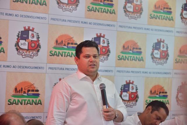 Em Santana, Davi dá detalhes de R$ 50 milhões destinados ao município