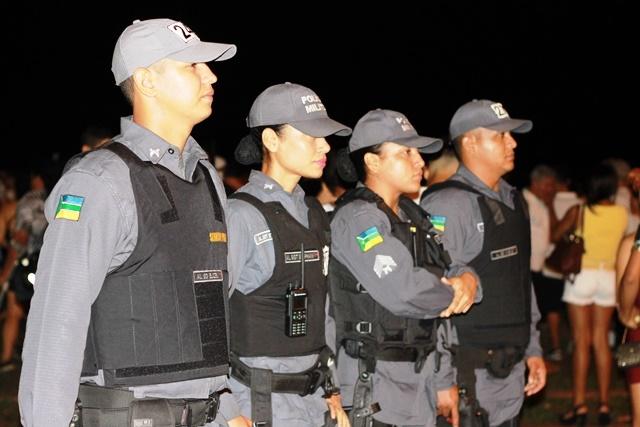 PM comemora réveillon sem violência na orla de Macapá