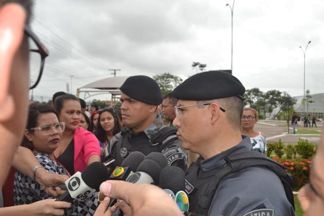 Bope confirma número de reféns e que criminoso fugiu para dentro de shopping