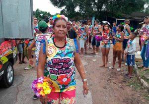 Aos 77 anos, professora puxará bloco em Itaubal