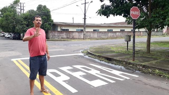 """Uso de """"PERA"""" para sinalizar o trânsito divide opiniões em Macapá"""