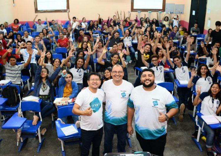Escolas estaduais do Amapá comemoram 228 aprovações em universidades federais