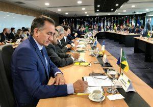 Waldez chama de retrocesso 'exclusão' de governadores do Conselho da Amazônia