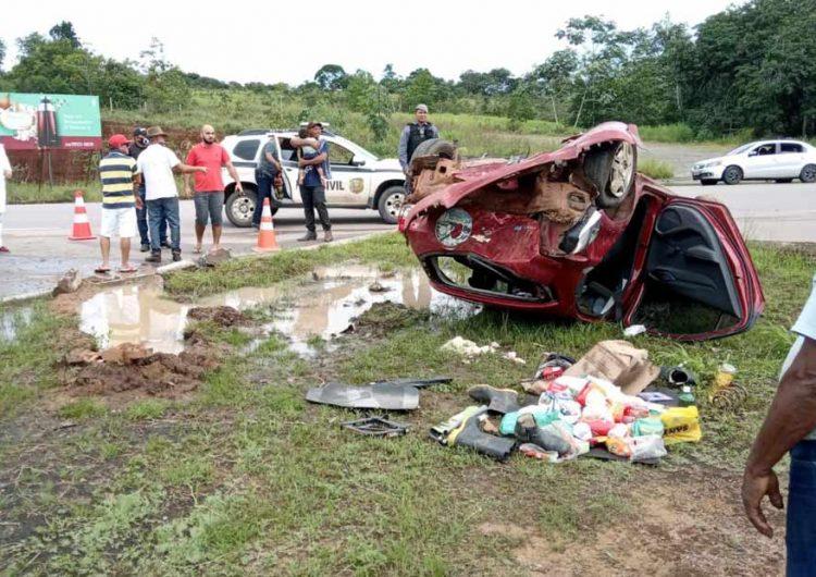 Vítima sai ilesa de capotamento provocado por motorista embriagado