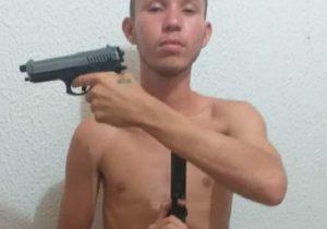 Assaltante morre após ser dominado e esfaqueado por populares