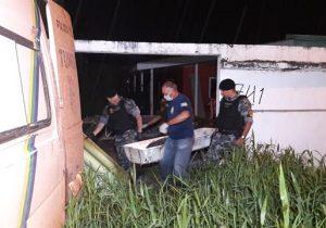Após invadir 4 casas, assaltante morre em confronto com a PM
