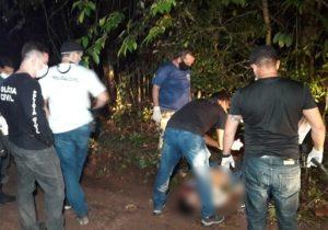 Polícia busca identificar corpo encontrado em ramal