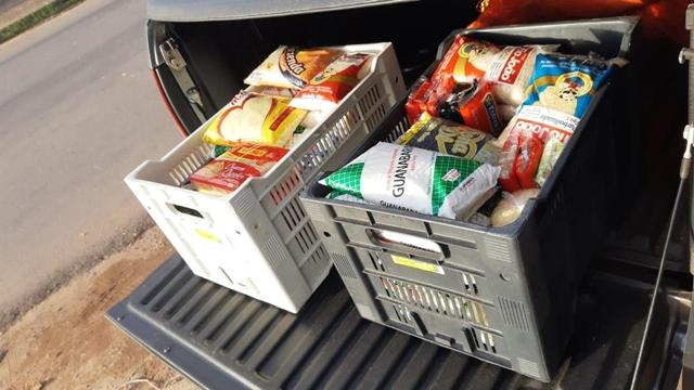Em Macapá, católicos e evangélicos arrecadam alimentos para doação na Páscoa