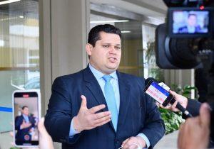Davi anuncia grupo para avaliar eleições municipais