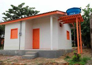 Pedra Branca entrega casas populares construídas com recursos próprios