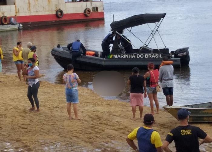 Bombeiros encontram corpos de jovens desaparecidas em naufrágio