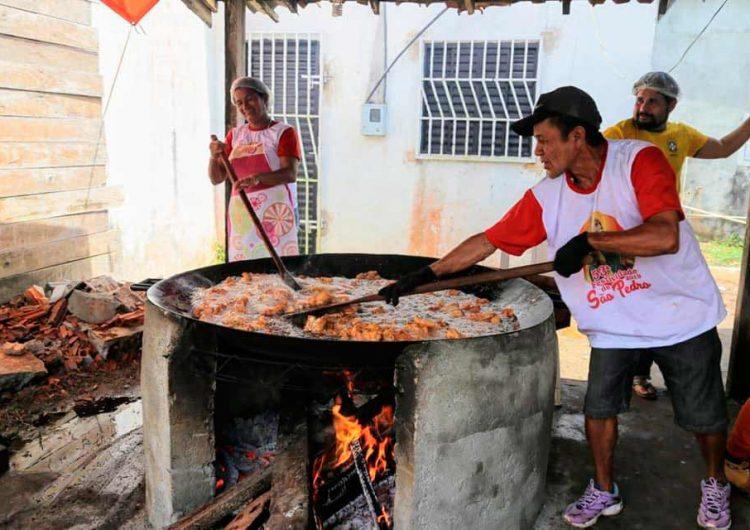 Sem festa, Pedra Branca celebra padroeiro com live e distribuição de peixe
