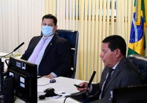 Davi e Mourão debatem desmatamento na Amazônia em sessão