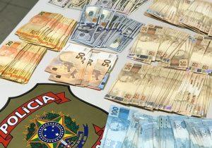 PF acha dólares, euros e R$ 33 mil em operação contra fraude em licitação