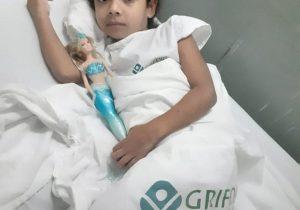 Com suspeita de leucemia, criança aguarda transferência para Belém